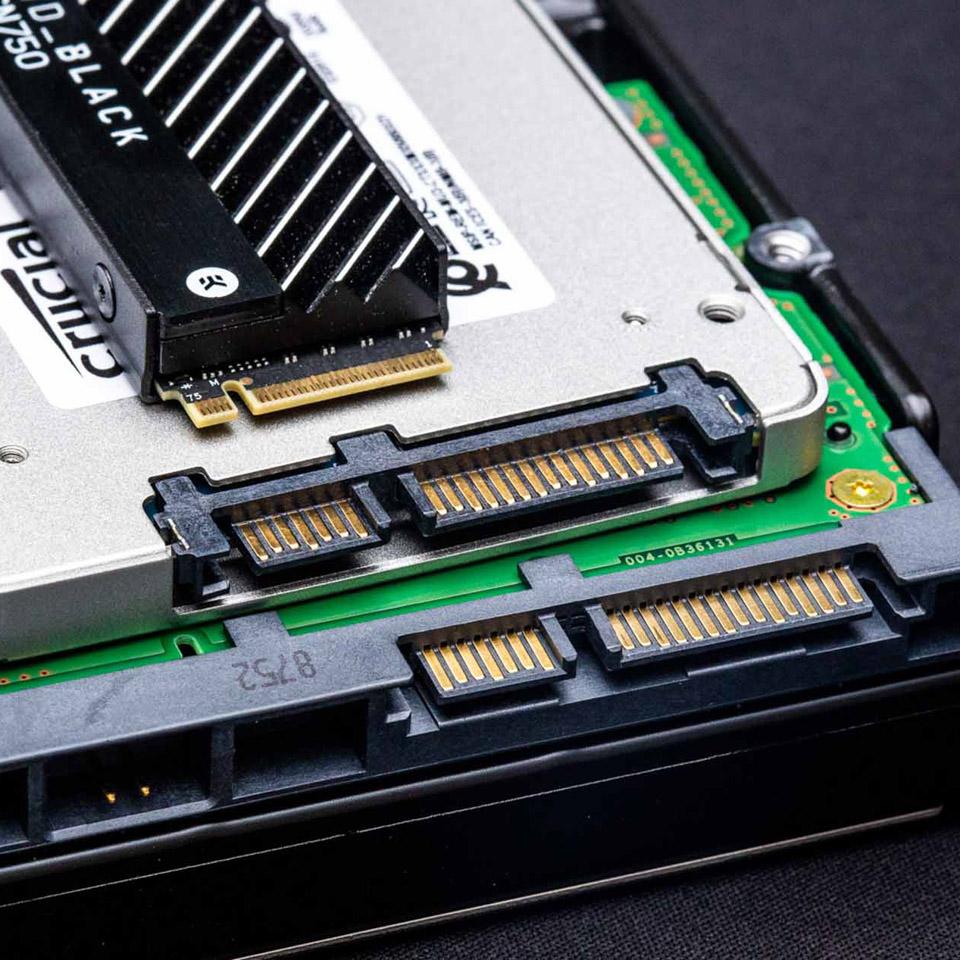 Không chỉ card đồ họa, HDD và SSD có tiền cũng sẽ không thể mua được nữa rồi